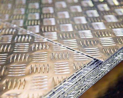 ورق آلومینیوم آجدار چیست؟